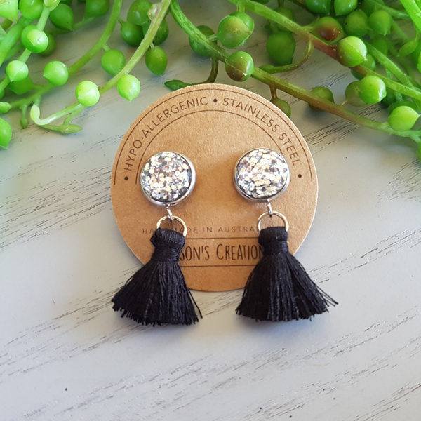 Black Small Tassel Earings Hypo-allergenic