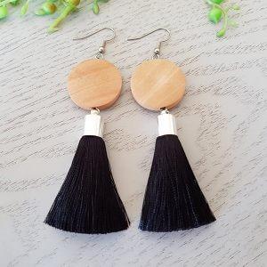 Aroma Long Black Tassel