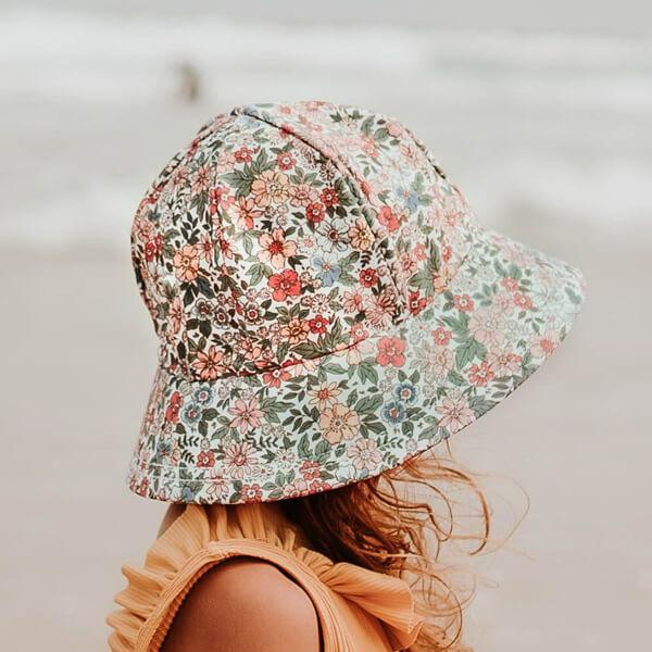 Girls Swim Hat Bucket Flower Model Side