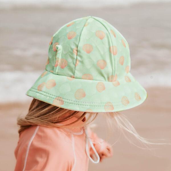 Girls Swim Hat Bucket Seashell Model Side
